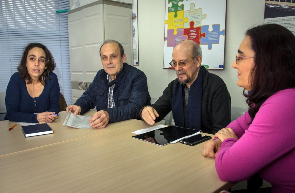 El Gobierno local muestra su interés por los proyectos de la Confederación de Asociaciones de Vecinos de Castilla-La Mancha