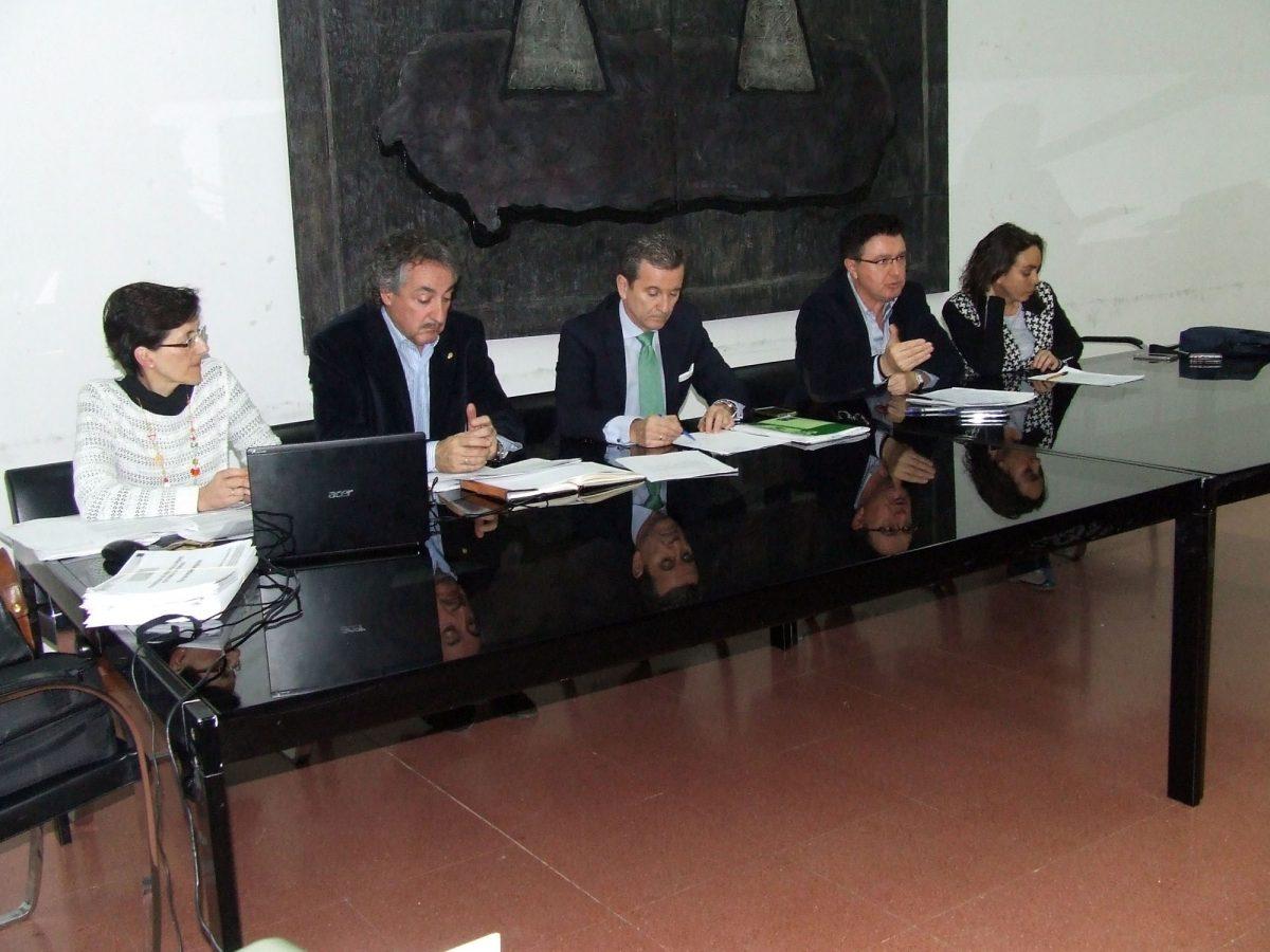El Gobierno local expone a las entidades sociales y asociaciones vecinales la hoja de ruta de la Estrategia Toledo 2020