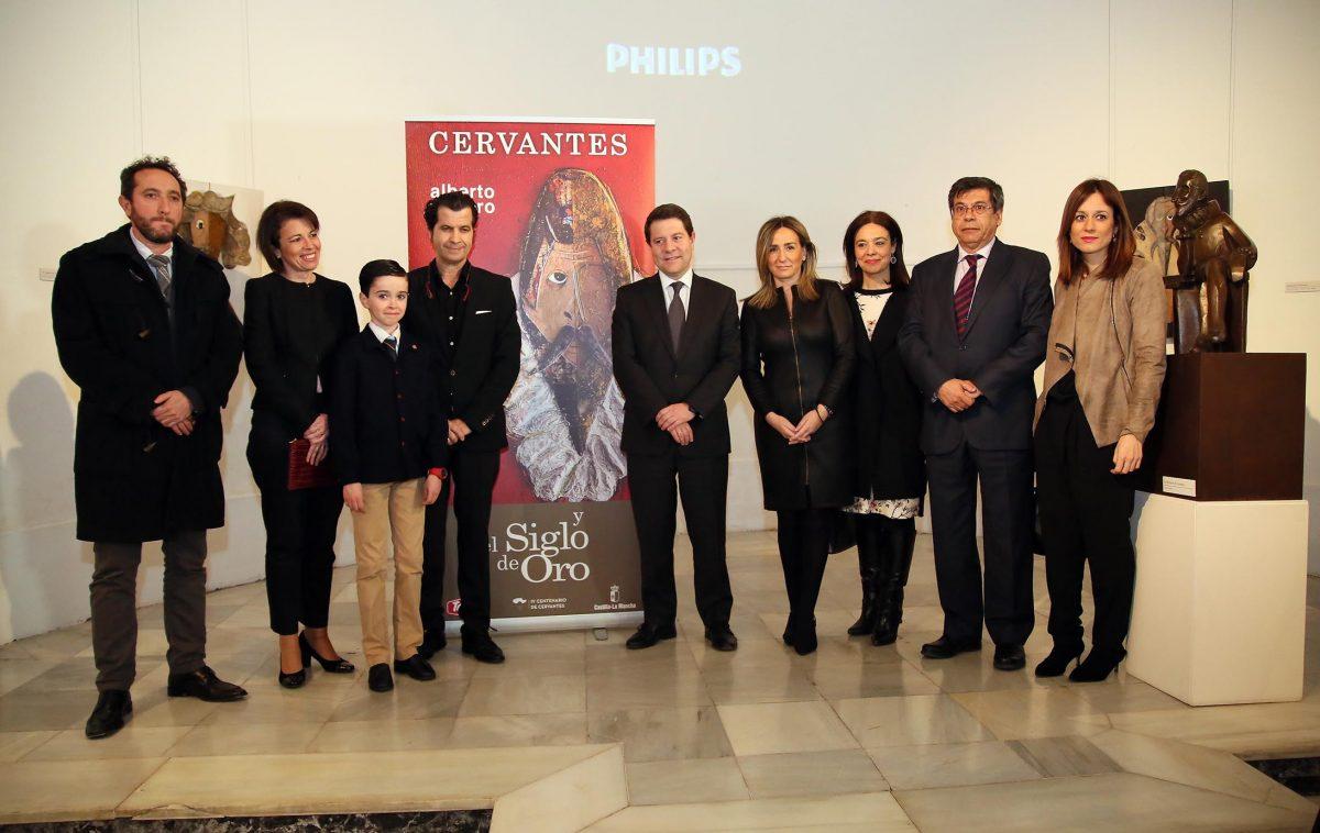 """Romero muestra su visón de """"Cervantes y el Siglo de Oro"""" en una exposición inaugurada hoy con la presencia de la alcaldesa"""