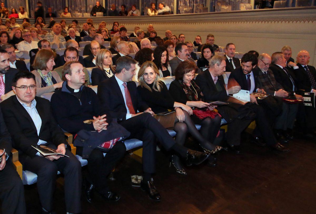 La alcaldesa asiste al pregón de Ventura Leblic que da inicio oficial a las actividades culturales de la Semana Santa de Toledo