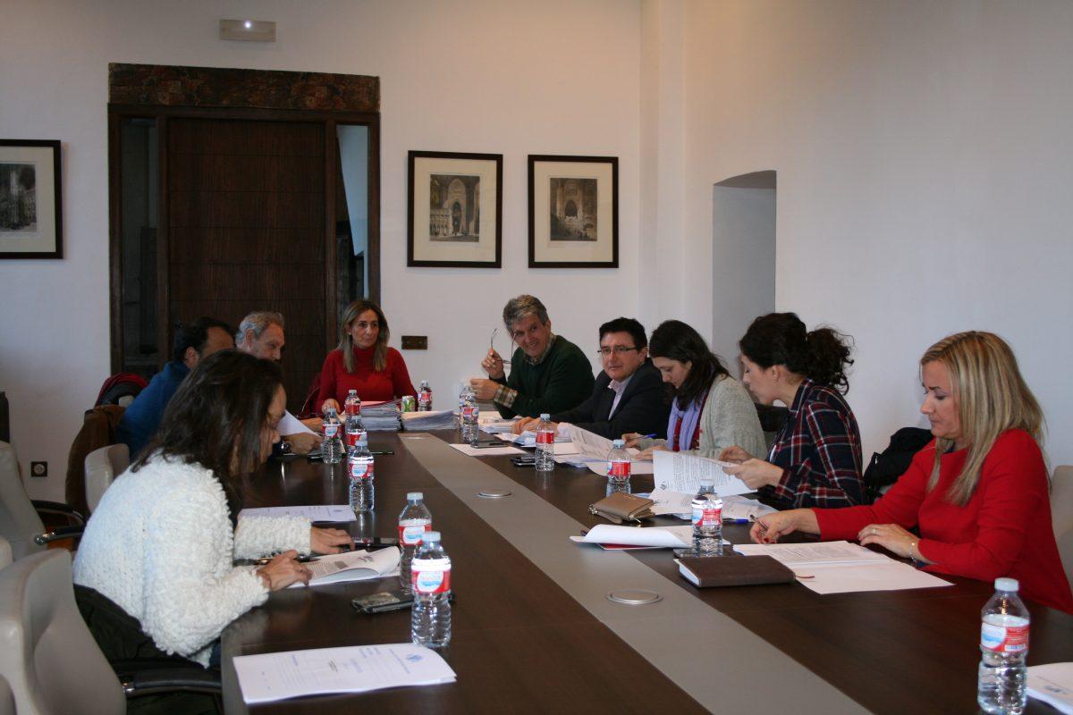 La Junta de Gobierno local estudia 44 expedientes, destacado acciones judiciales por sentencias del IBI y contra el Plan de Cuenca del Tajo