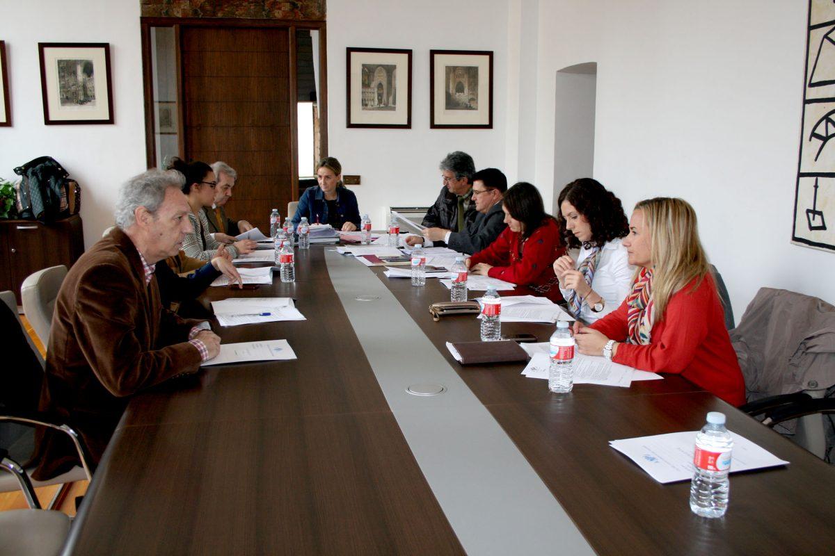 http://www.toledo.es/wp-content/uploads/2016/03/reunion_junta_gobierno-1200x800.jpg. Licitada la construcción de una nueva rotonda en el Polígono por 300.000 euros