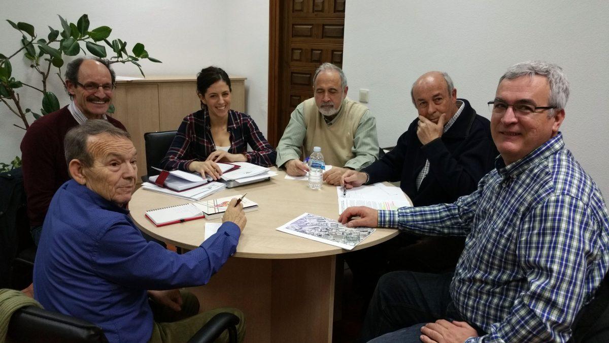 El Gobierno local informa a las asociaciones de vecinos de las actuaciones municipales en Santa María de Benquerencia