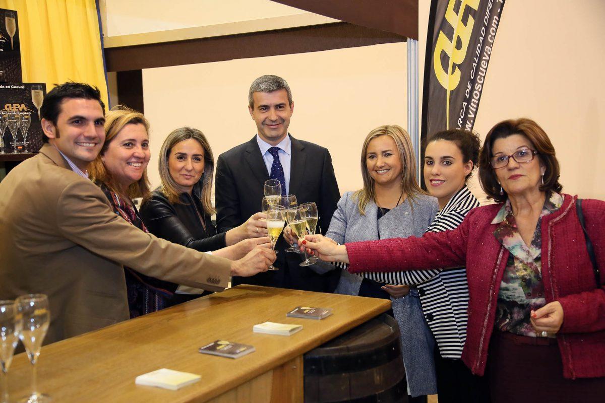 La Feria de los Sabores muestra en la Catedral de la Gastronomía lo mejor de los productos agroalimentarios de la provincia
