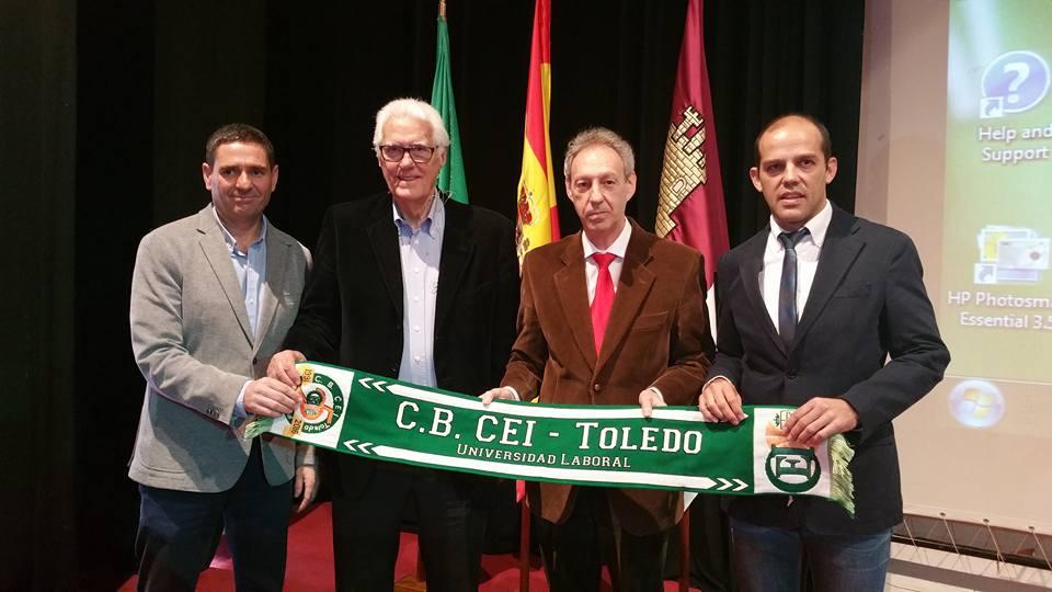 El equipo de Gobierno respalda al CEI Toledo en la gala de su 25 aniversario a la que ha asistido el ex seleccionador Lolo Sainz