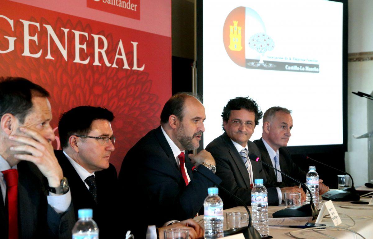 """El Ayuntamiento reitera su compromiso con el sector empresarial como """"pilar esencial de nuestra sociedad"""""""