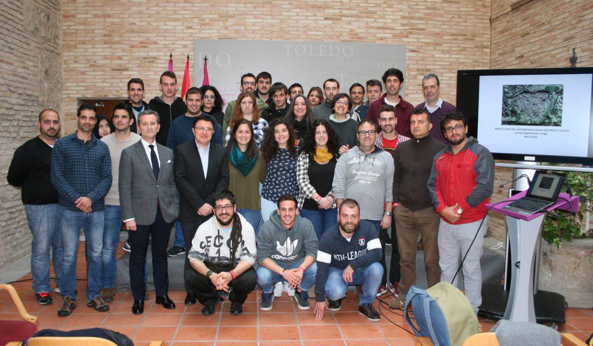 """Alumnos la Universidad """"Rovira i Virgili"""",  de Tarragona, analizan la protección urbanística y patrimonial del Casco Histórico"""