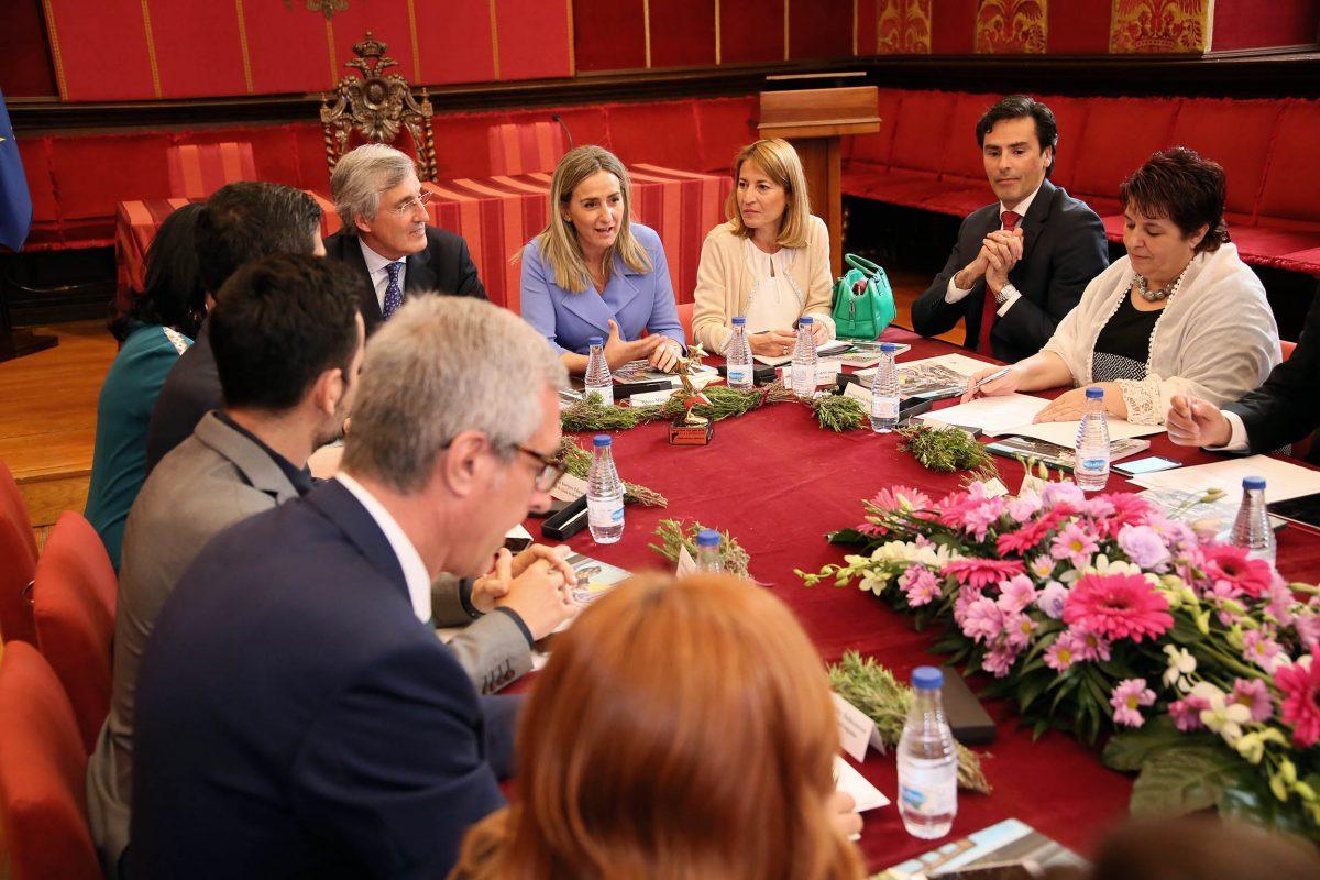 http://www.toledo.es/wp-content/uploads/2016/05/02_rasamblea_ciudades_patrimonio-1200x800.jpg. Toledo acoge la Asamblea de Ciudades Patrimonio que ha otorgado el 'Premio Patrimonio 2016' a la Real Fundación