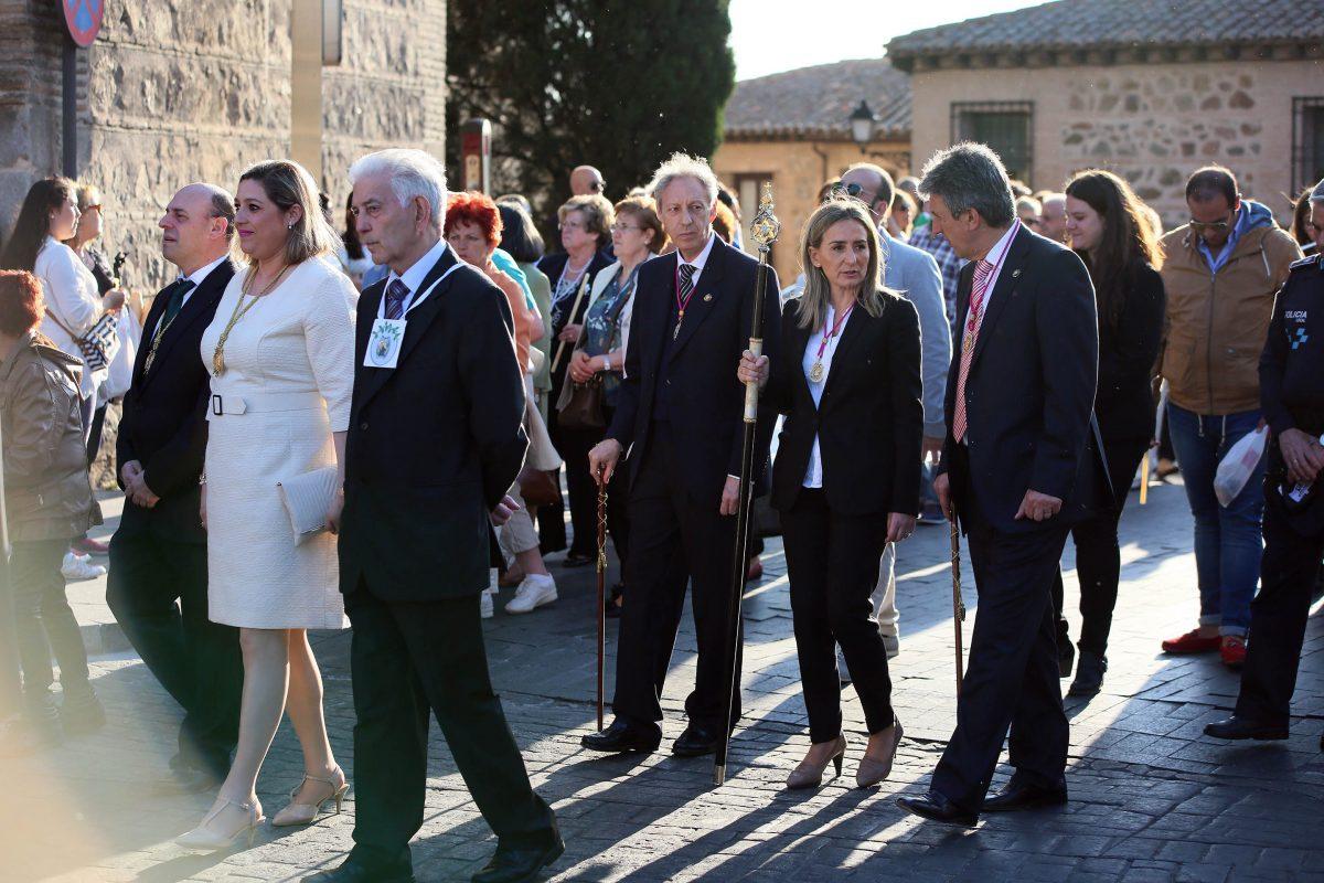 http://www.toledo.es/wp-content/uploads/2016/05/08_virgen_estrella-1200x800.jpg. La alcaldesa de Toledo acompaña a los vecinos del Arrabal en la celebración de las Fiestas en Honor a la Virgen de la Estrella