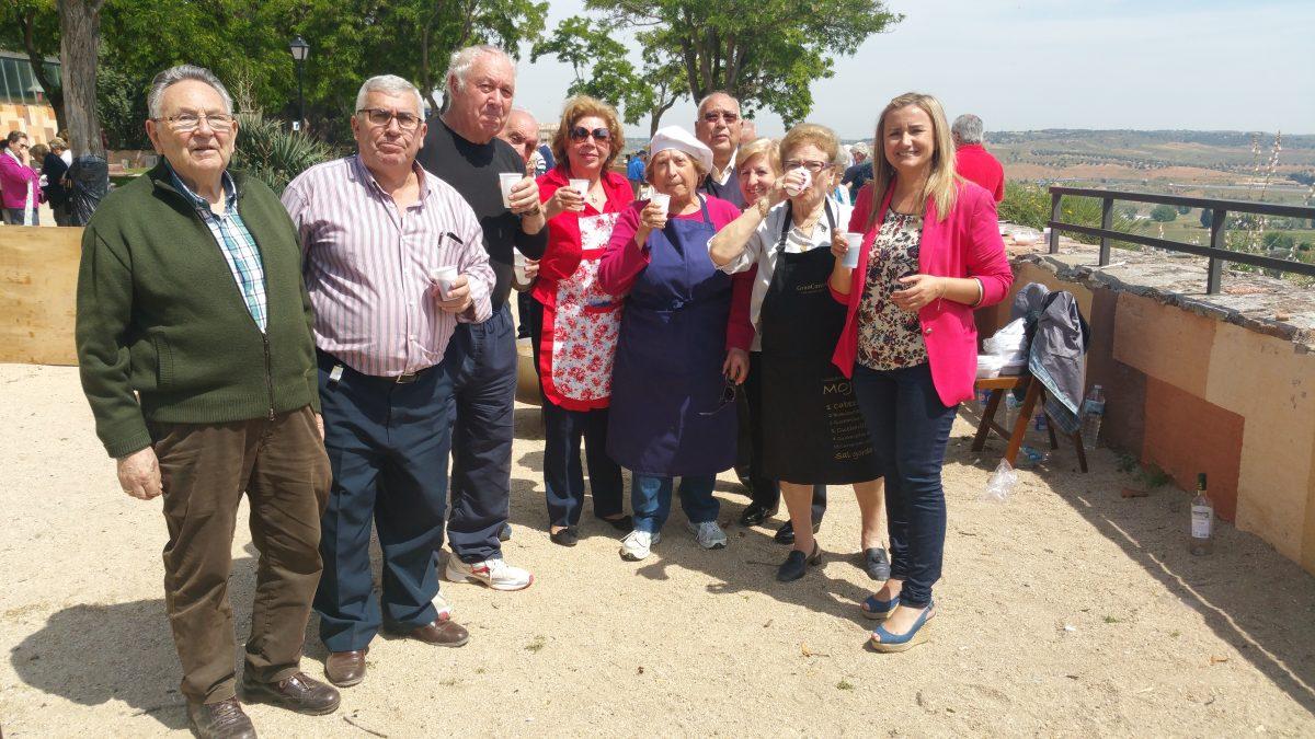 El Ayuntamiento colabora con el Centro de Día Mayores Toledo I en la celebración de sus jornadas de convivencia