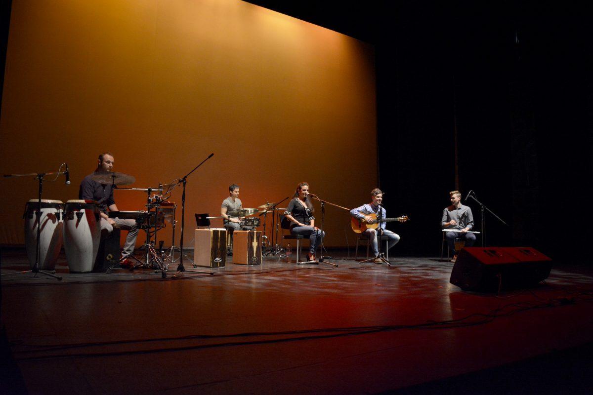"""http://www.toledo.es/wp-content/uploads/2016/06/flamenco01-1200x800.jpg. El Gobierno local, en la gala benéfica """"Flamencos contra el cáncer"""" celebrada en el Teatro de Rojas para recaudar fondos"""