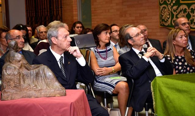 https://www.toledo.es/wp-content/uploads/2016/06/homenaje_macho.jpg. El Gobierno local, en el reconocimiento de la Academia de Bellas Artes al escultor Victorio Macho en el 50 aniversario de su muerte