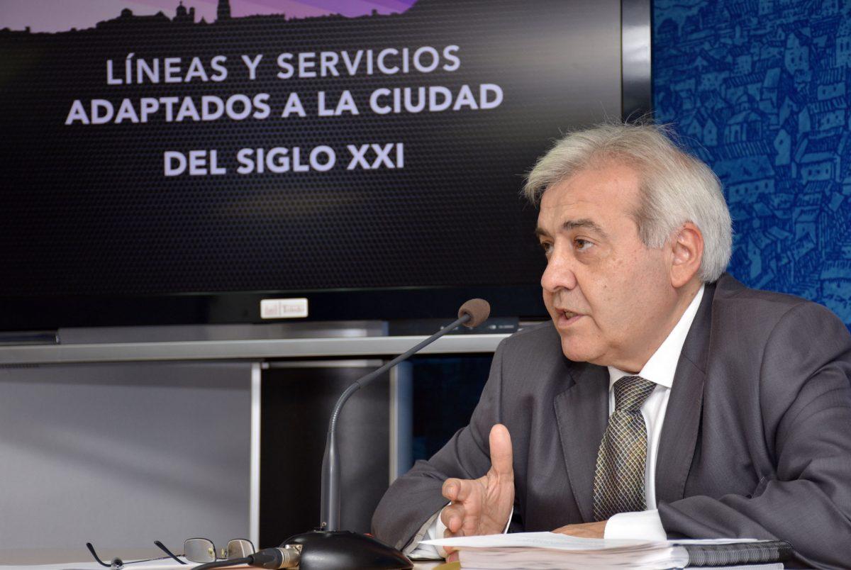 """https://www.toledo.es/wp-content/uploads/2016/06/perez_delpino-1-1200x804.jpg. Toledo dispondrá de un nuevo servicio de autobuses urbanos, """"mejor, con menos coste, más moderno y adaptado al siglo XXI"""""""