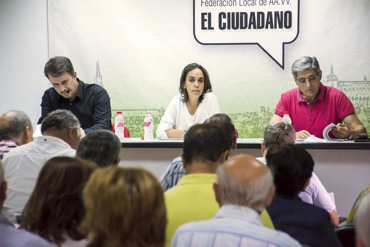 http://www.toledo.es/wp-content/uploads/2016/06/reunion_helena_galan-1200x802.jpg. El Gobierno local traslada a los colectivos vecinales las nuevas bases que regirán las ayudas a las asociaciones de los barrios