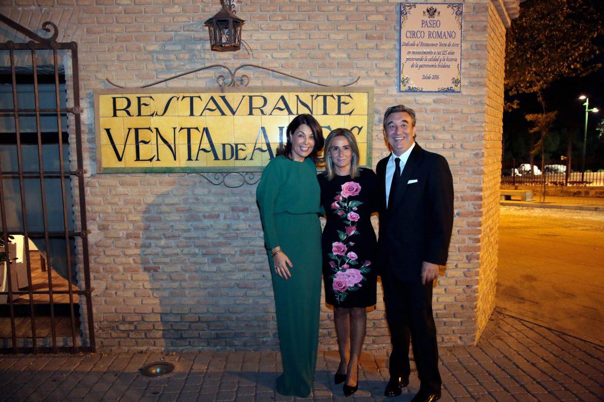 La alcaldesa, en el 125 aniversario de Venta de Aires, reconocido por el Ayuntamiento con la dedicatoria del paseo Circo Romano