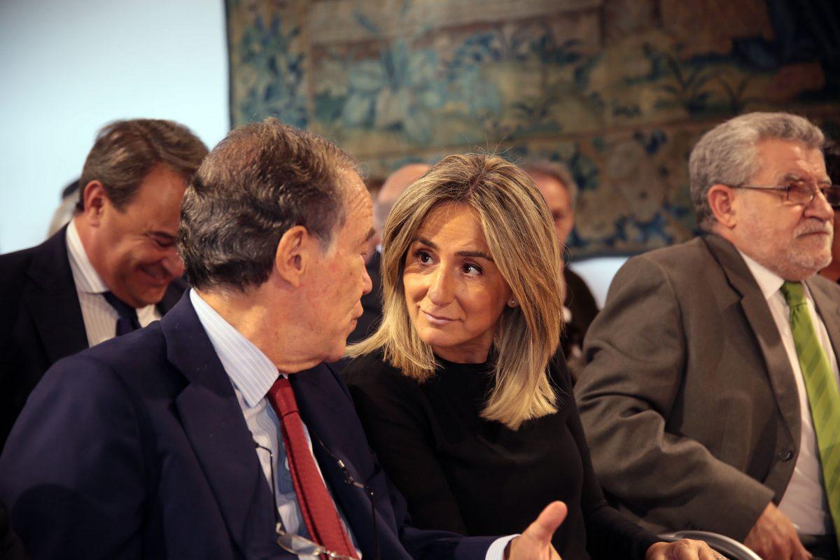 La alcaldesa de Toledo asiste a la reunión anual de la Junta de Protectores de la Real Fundación de Toledo
