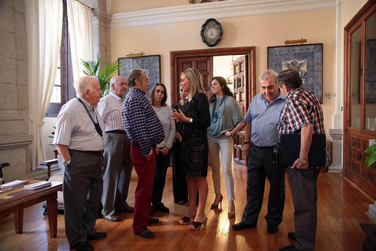 La alcaldesa mantiene una reunión con la Asociación de Vecinos 'La Voz del Barrio' de Palomarejos