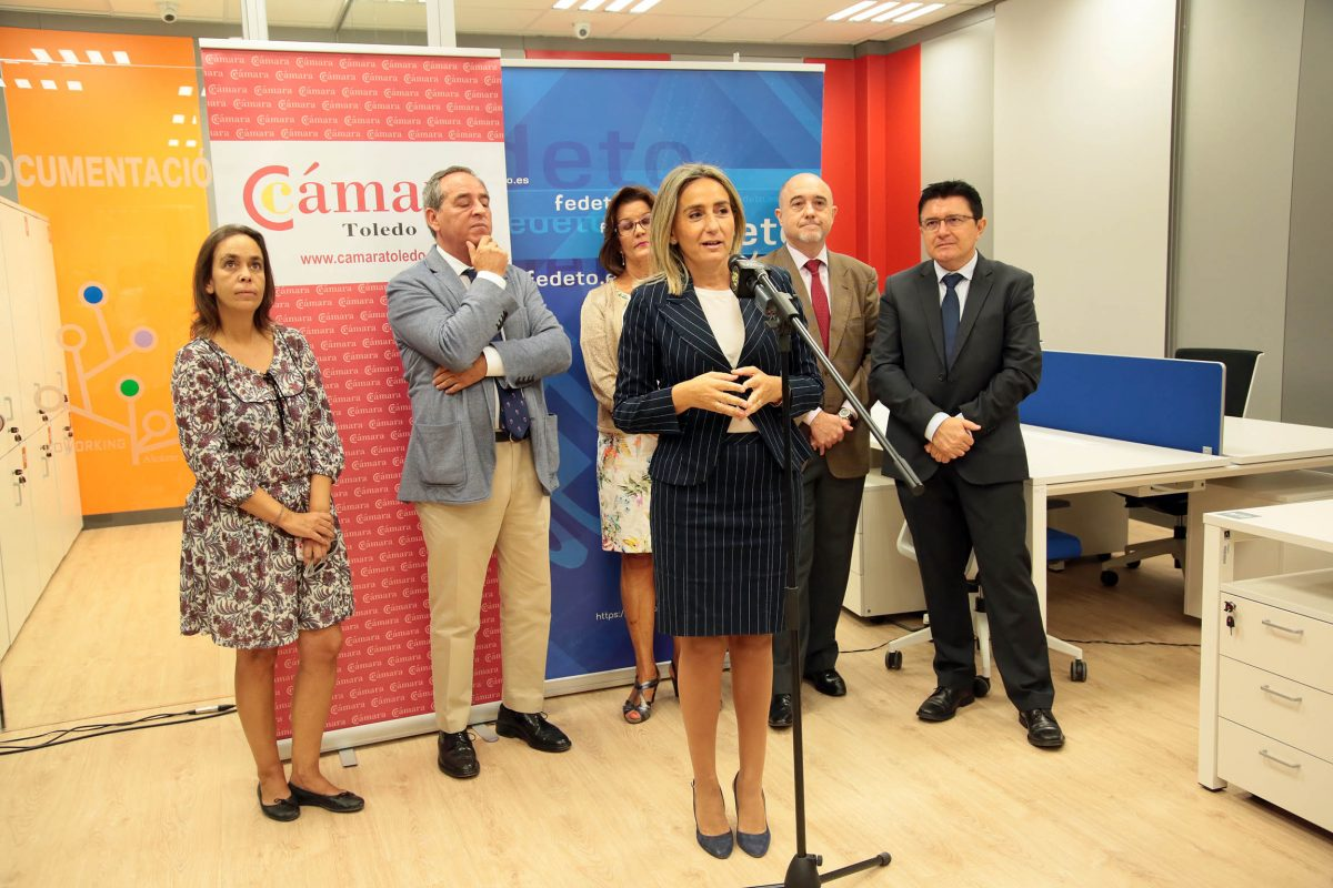 """La alcaldesa destaca la creación del nuevo Coworking Alcázar como un lugar en el que """"allanar el camino a nuevas iniciativas"""""""