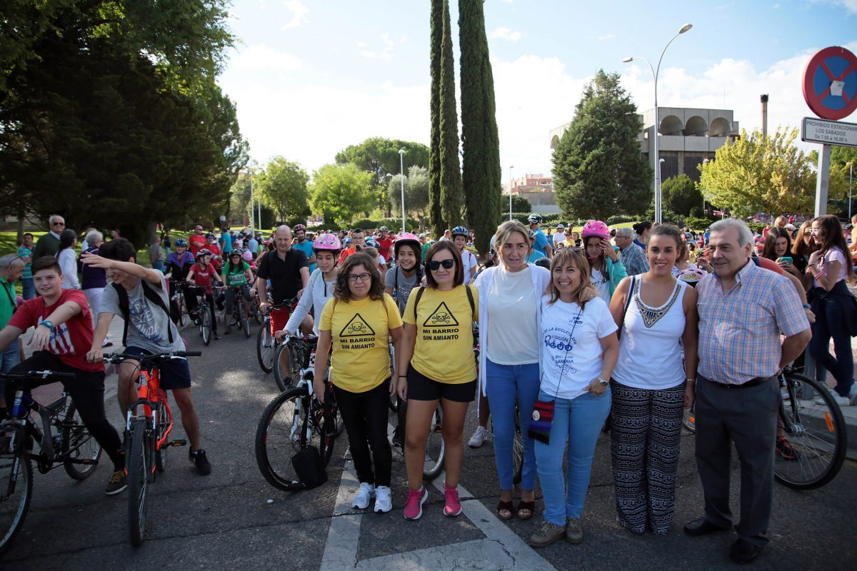 La alcaldesa anuncia que los Presupuestos de 2017 incluirán una partida para el carril-bici entre Santa Bárbara y el Polígono