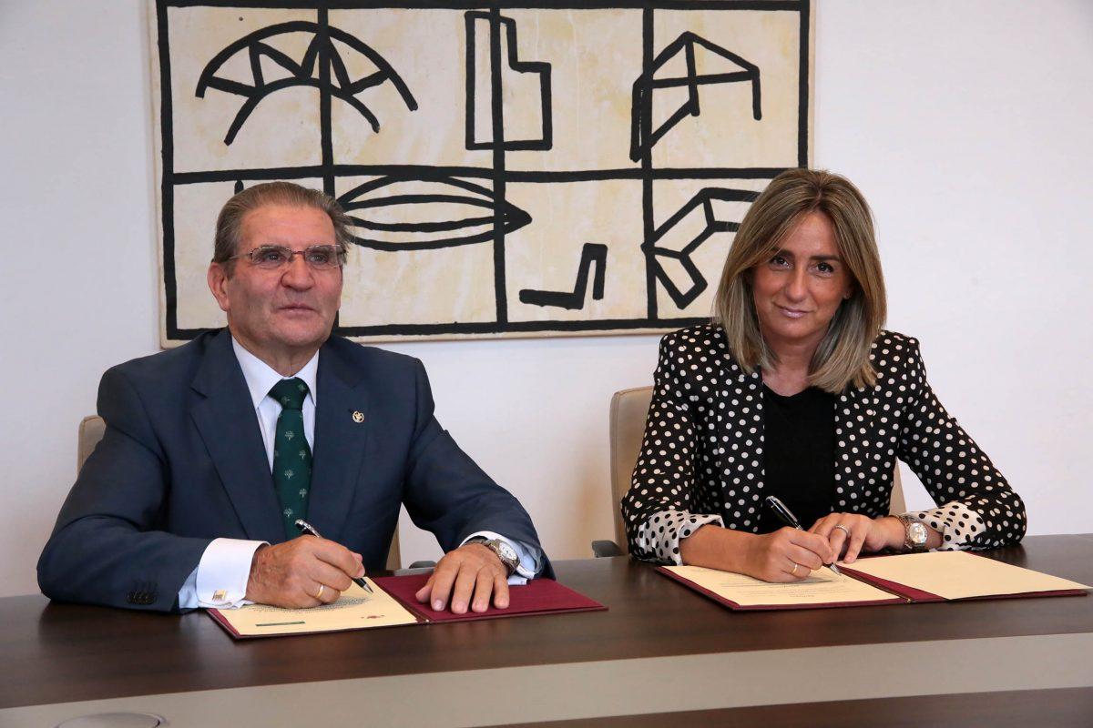 El Ayuntamiento y Caja Rural Castilla-La Mancha renuevan su colaboración en la promoción y práctica del deporte en Toledo