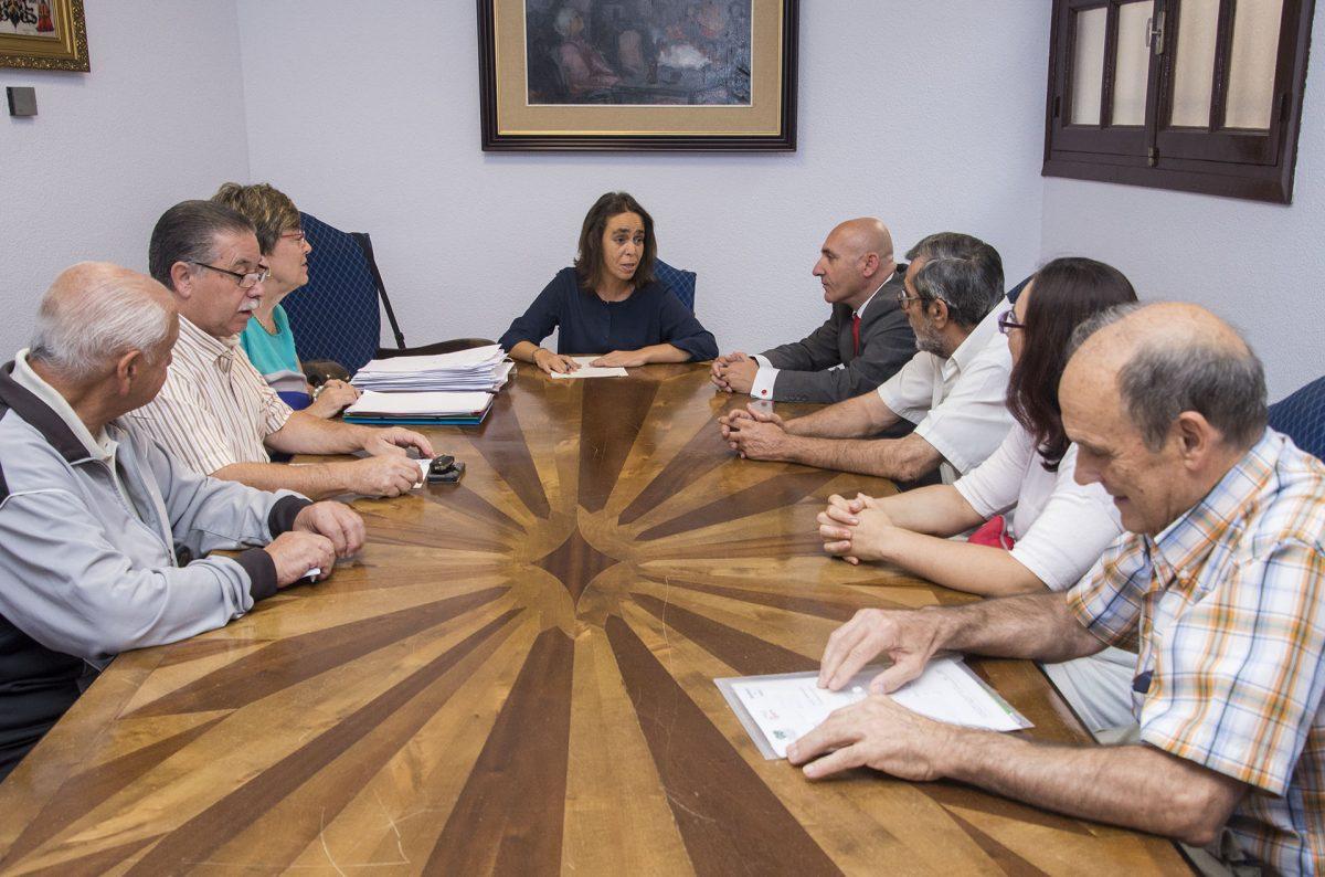 El Gobierno local comparte con los representantes vecinales el proceso de reparto de las subvenciones municipales