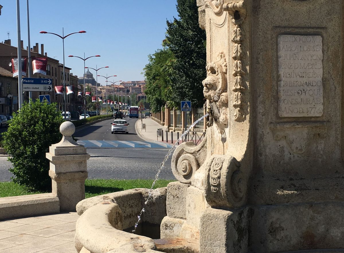 El Ayuntamiento pone en marcha la fuente de Cabrahigos y debatirá en el Pleno sobre el Tajo y financiación local