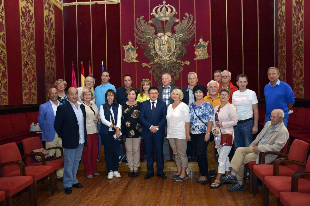 Representantes de organizaciones sindicales de Lituania, Rumanía y Polonia visitan el Ayuntamiento de Toledo