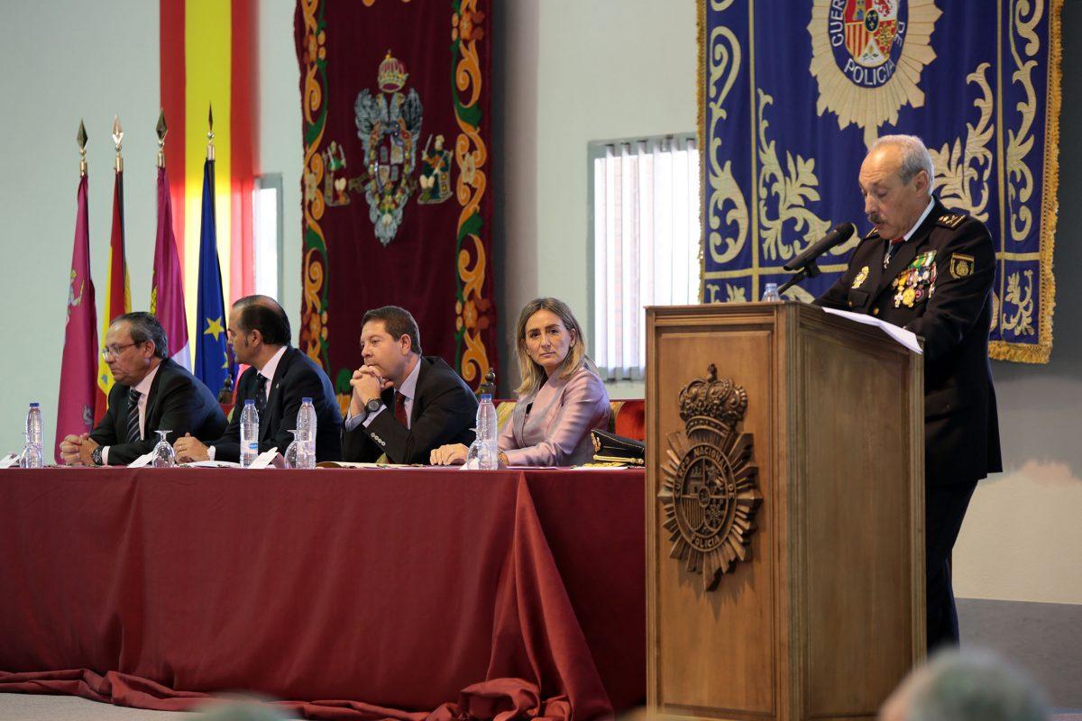 La Policía Nacional reconoce en Toledo la labor de los agentes que han destacado en la defensa y protección de la ciudadanía