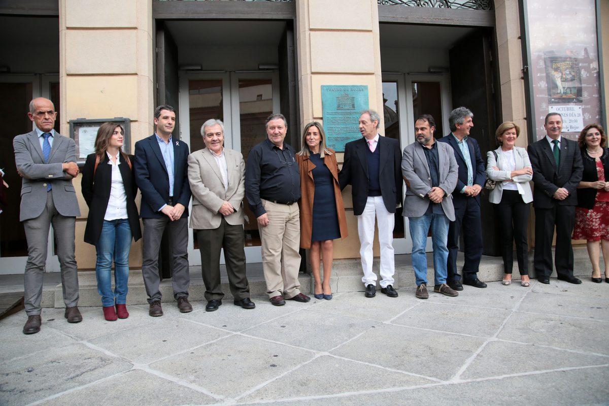 La ciudad de Toledo rinde homenaje al Teatro de Rojas con el descubrimiento de una placa al cumplirse su 138 aniversario