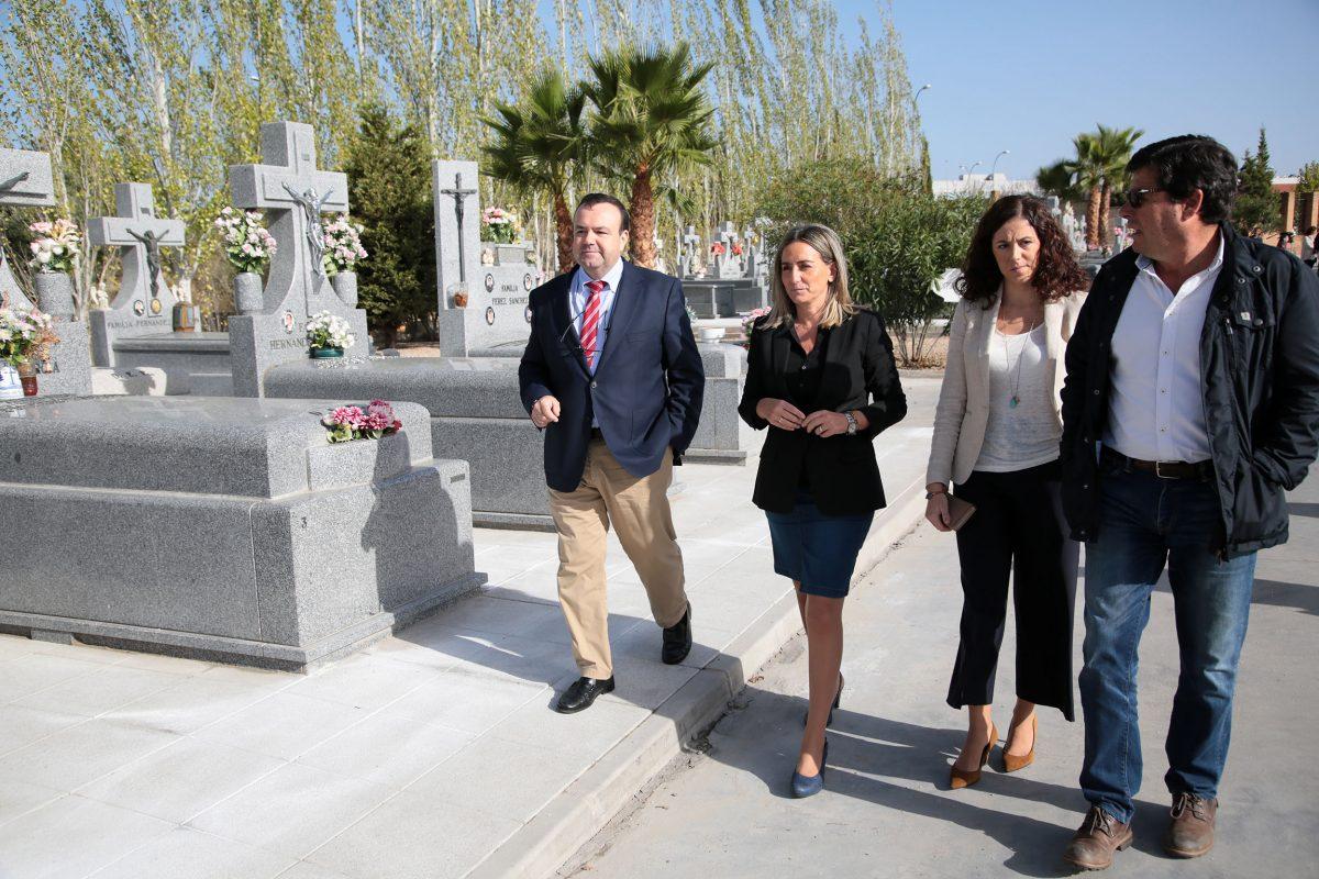 http://www.toledo.es/wp-content/uploads/2016/10/06_obras_cementerio-1200x800.jpg. El Consistorio culmina el arreglo de dos patios del Cementerio y completará su adecentamiento con próximas intervenciones