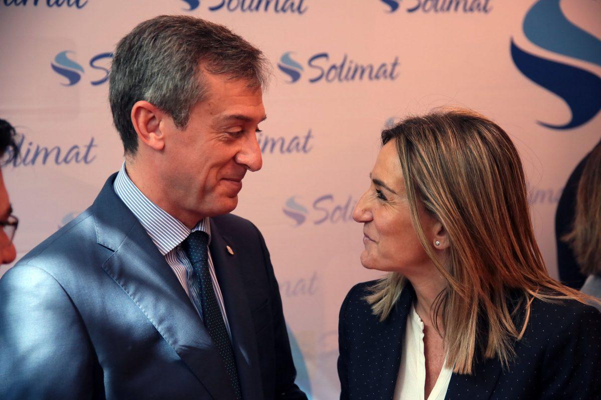 Milagros Tolón traslada su enhorabuena a Javier López Martín tras la renuncia de Gómez Mora a la Presidencia de Caja Rural