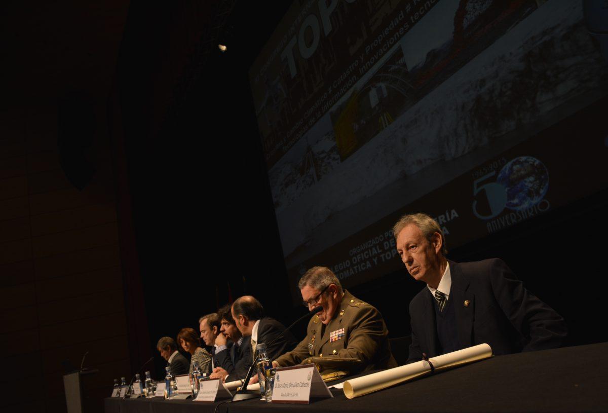 http://www.toledo.es/wp-content/uploads/2016/10/congreso_topcart2016-1200x815.jpg. El Gobierno Local destaca la gran importancia científica de la Geomática en el Congreso TOPCART 2016