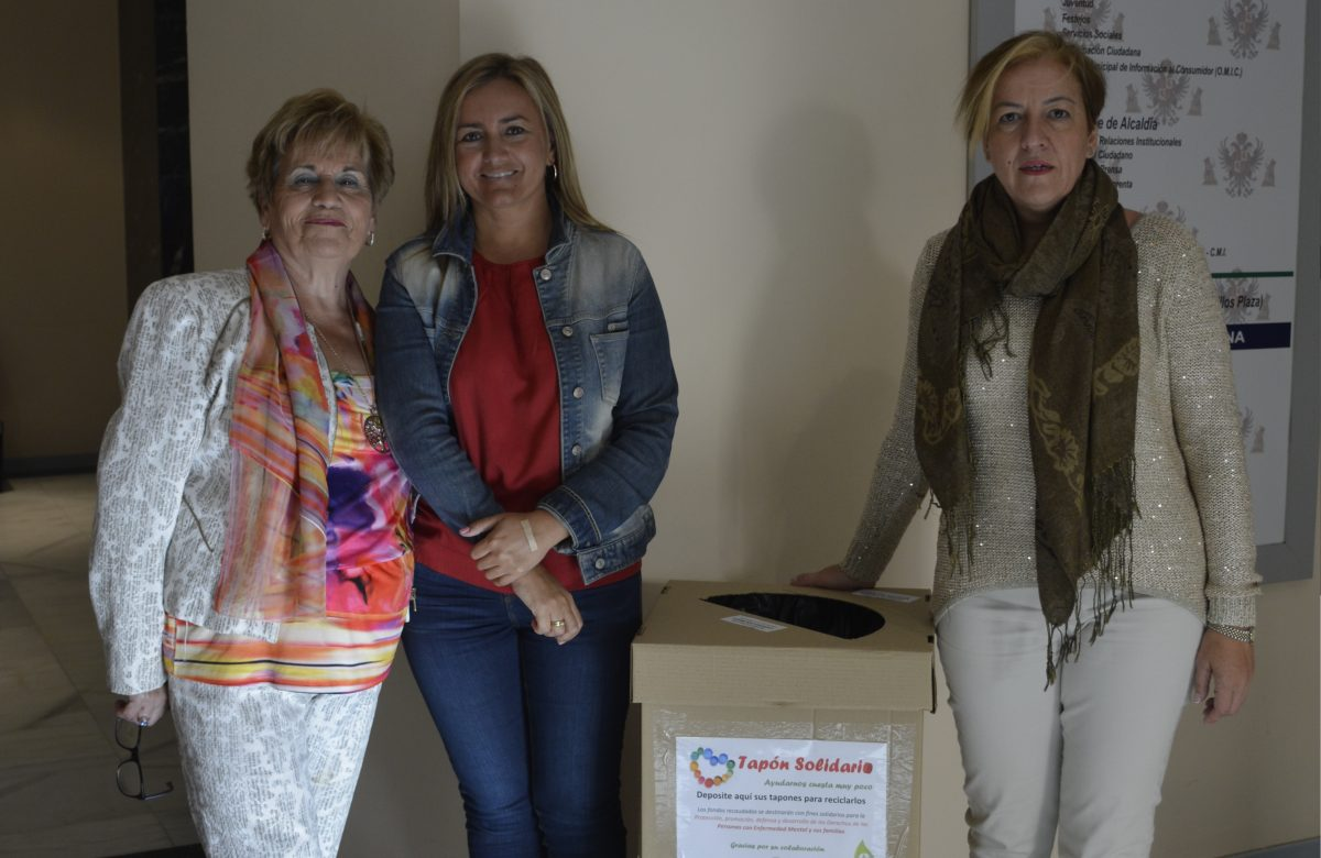 El Consistorio instala una caja de recogida de tapones de plástico en beneficio de Afaem por el Día Mundial de la Salud Mental