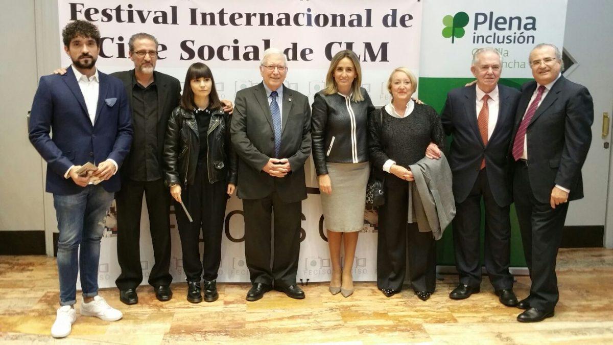 La alcaldesa asiste a la Gala del XIII Festival de Cine Social en el que la inclusión y la gastronomía cobran protagonismo