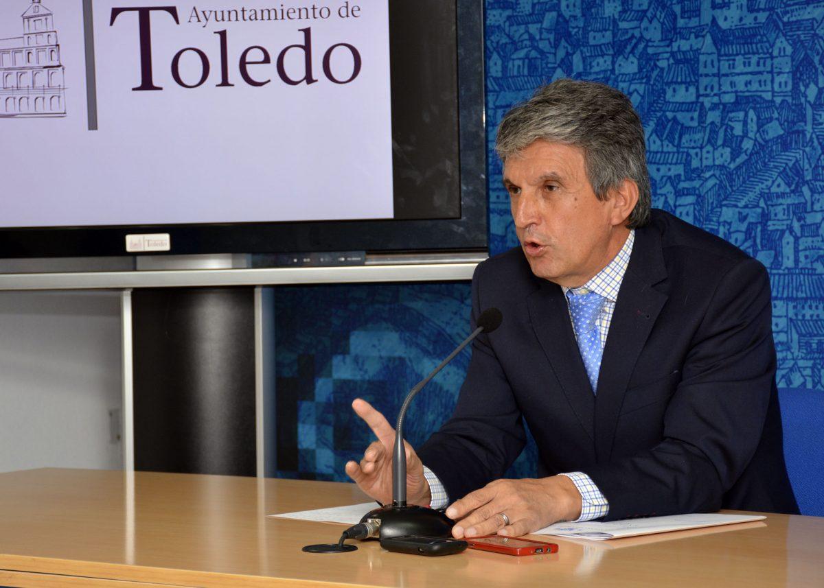 """http://www.toledo.es/wp-content/uploads/2016/10/jose_pablo_sabrido-1200x857.jpg. El Gobierno local buscará una solución al amianto que suprima cualquier riesgo para la salud de manera """"inmediata"""""""