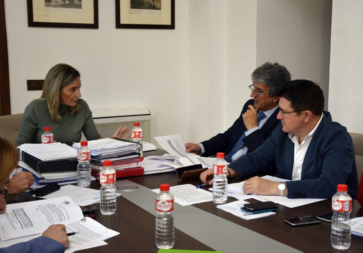 La Junta de Gobierno adjudica por 119.800 euros las obras de reparación y mejora del Centro Social del Polígono