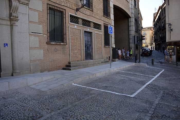 http://www.toledo.es/wp-content/uploads/2016/11/01311.jpg. Mejoras en la Plaza Horno de la Magdalena