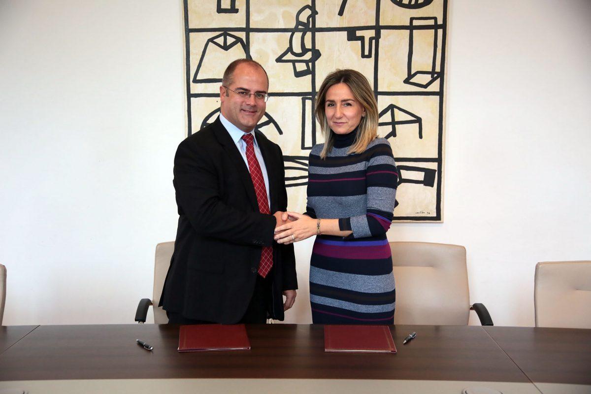 El Ayuntamiento y Gas Natural Castilla-La Mancha renuevan su acuerdo para el desarrollo de actividades culturales en el Rojas