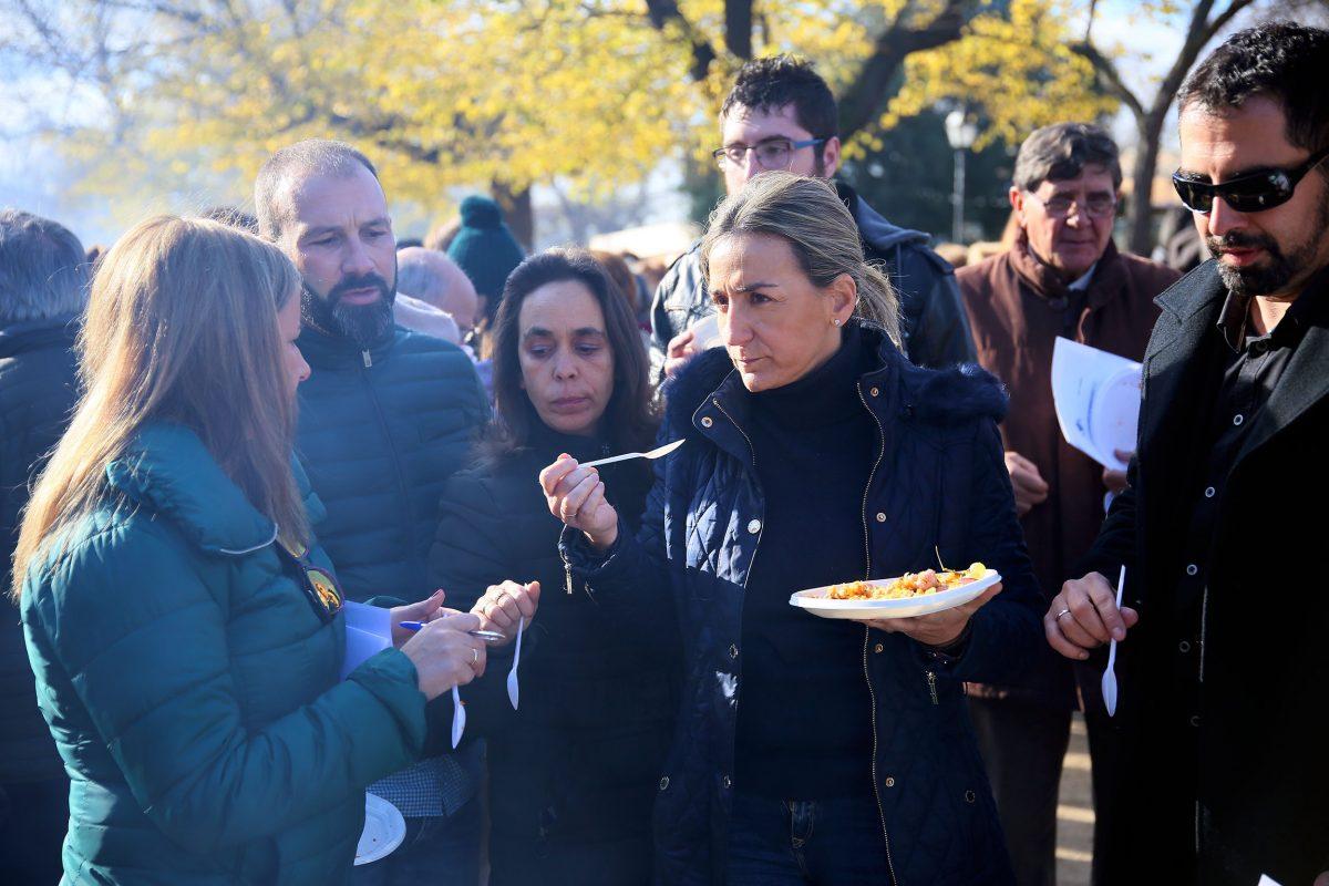 """Buena acogida del XIV Concurso de Migas """"XXX Aniversario Toledo Ciudad Patrimonio"""" celebrado en el paseo de Recaredo"""