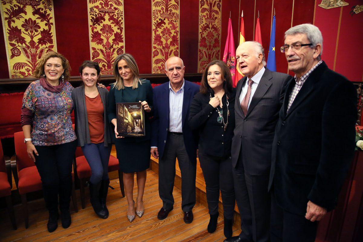 Milagros Tolón destaca la obra 'Toledo inolvidable' como un bello testimonio del catálogo cultural como Ciudad Patrimonio