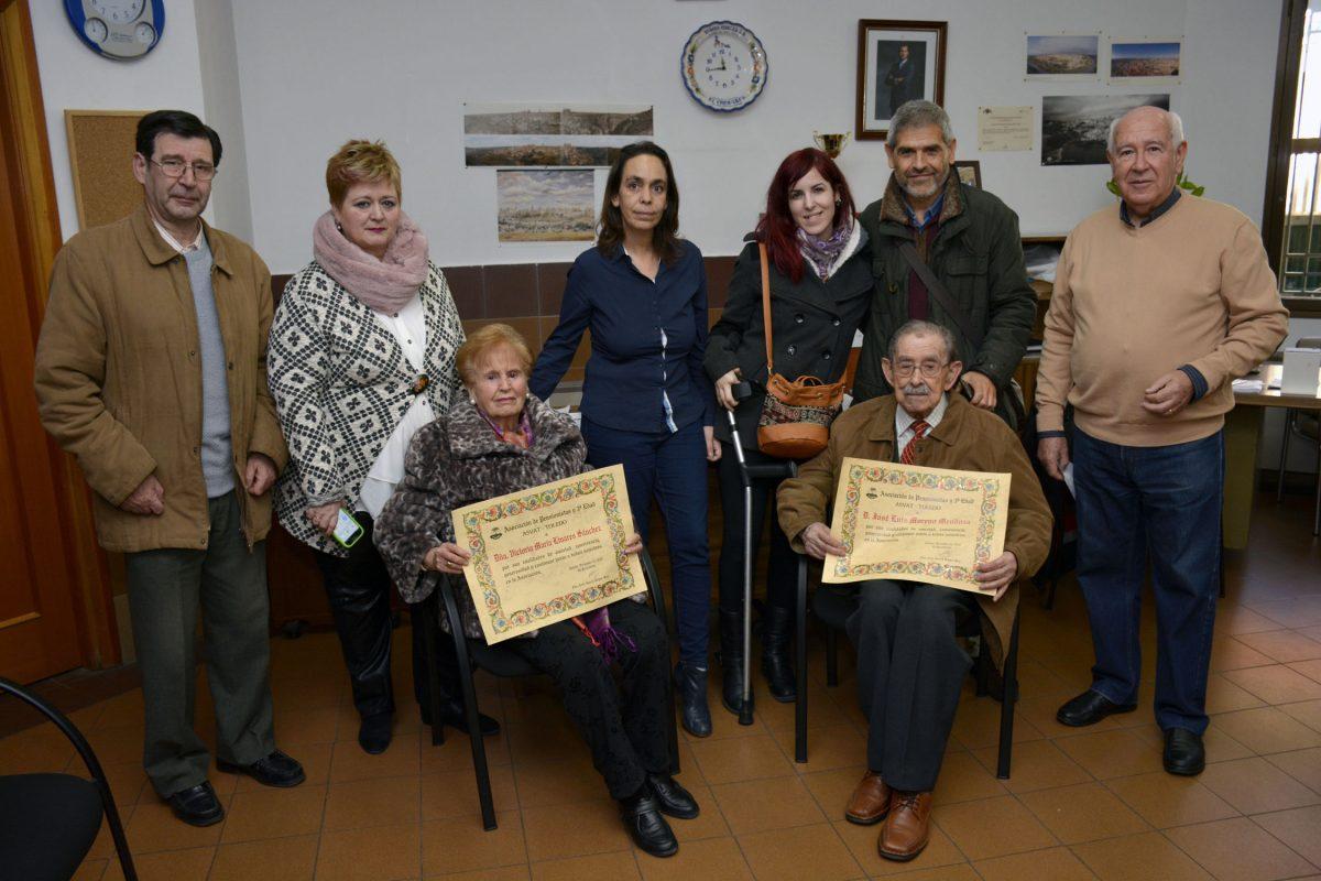 ASVAT reconoce a sus socios más veteranos en un acto que ha contado con el respaldo del Gobierno local