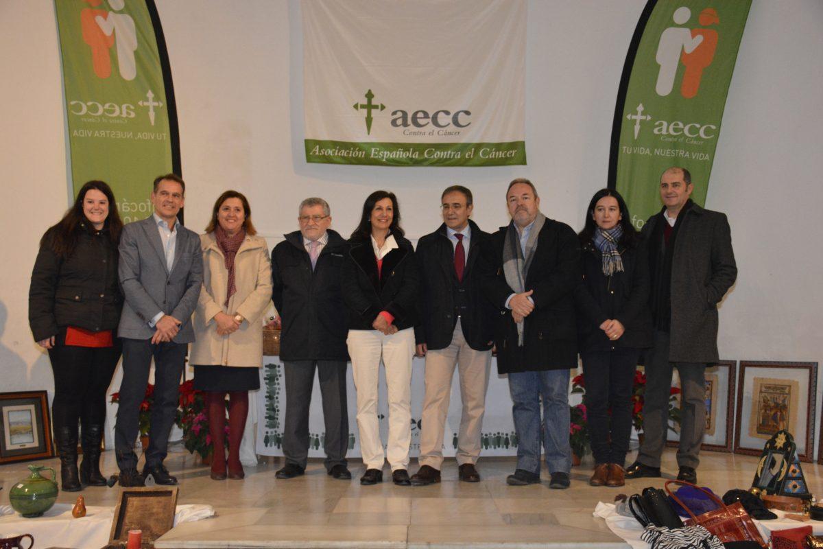 El Ayuntamiento respalda el Rastrillo de la AECC que estará abierto en la Sala de Exposiciones del Archivo hasta el día 18
