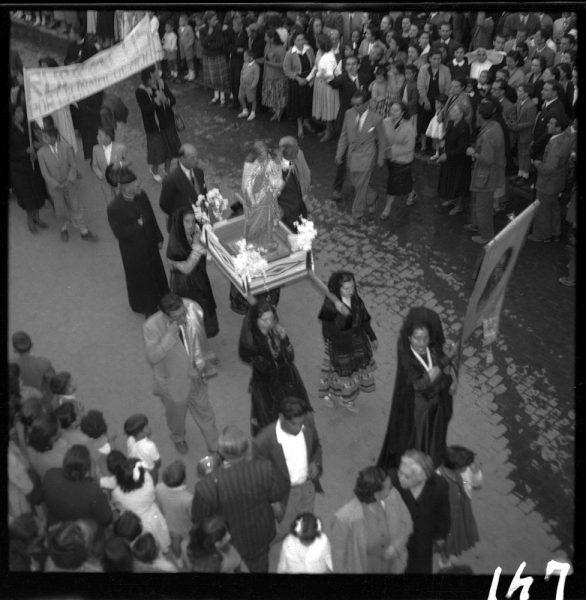 147 - Imagen de la Virgen por la Puerta del Sol