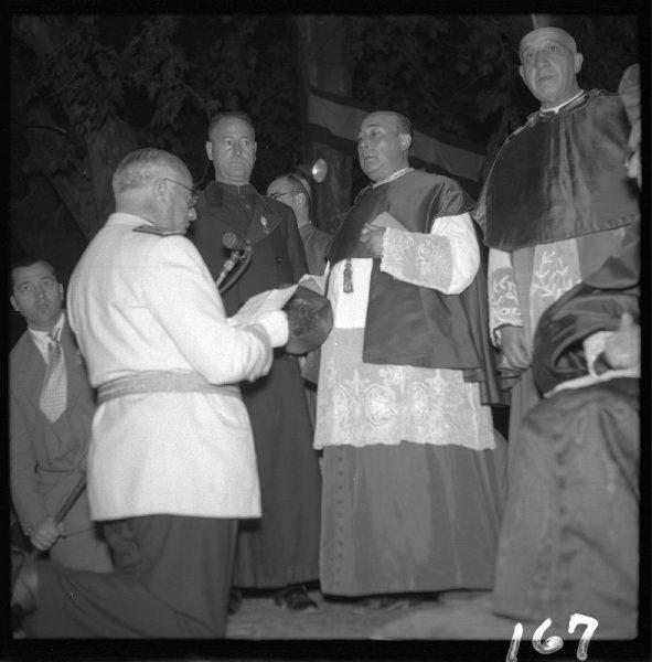 167 - Renovación de la consagración al Corazón Inmaculado de María por parte del Gobernador civil