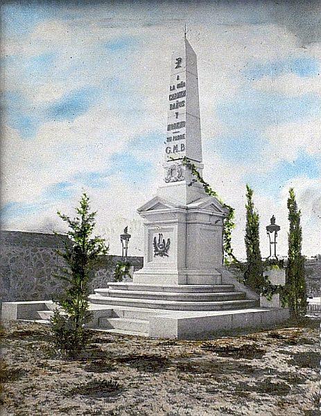 1907_Foto incluida en In Memoriam