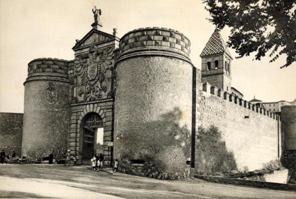 3 – Puertas de acceso a la Ciudad