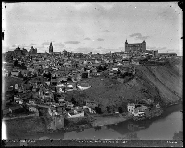 002 - Vista de Toledo desde la ermita del Valle