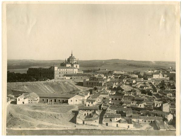 007 - Vista del hospital Tavera y del barrio de las Covachuelas