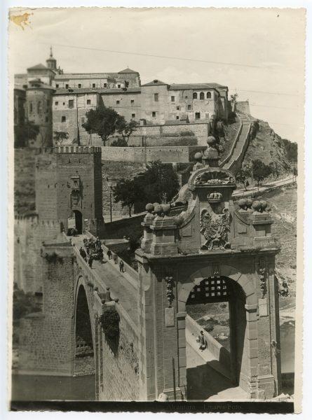018 - Vista del puente de Alcántara