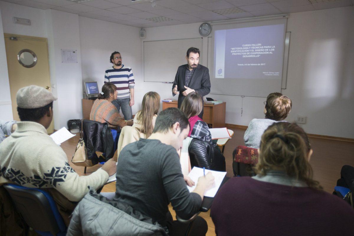 http://www.toledo.es/wp-content/uploads/2017/02/040217yr_0007-1-1200x800.jpg. El Ayuntamiento ofrece un curso para formar a ONGs de Toledo en la identificación y formulación de proyectos de Cooperación